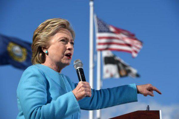 Hillary Clinton ist nicht sehr beliebt in der Bevölkerung. apa