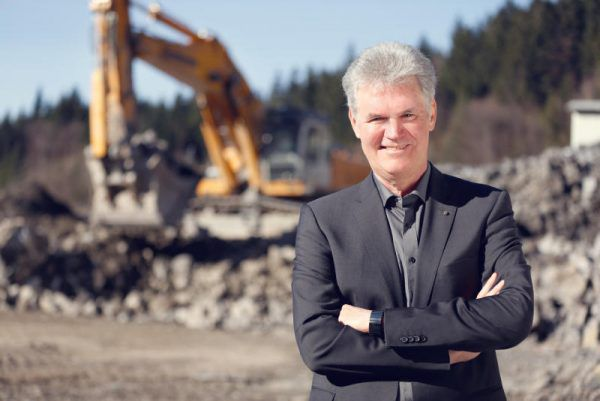 Baumeister Peter Keckeis.WKV