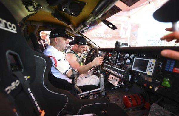 Das Cockpit wurde speziell an die Bedürfnisse von Philippe Croizon angepasst. apa