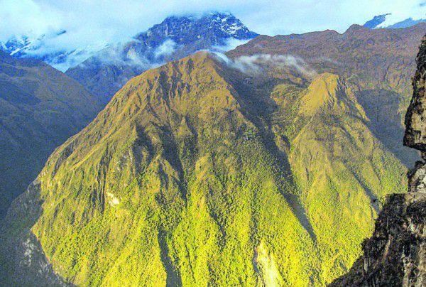 Die nur teilweise ausgegrabene Ruinenstadt Choquequirao ist über alte Inka-Pfade zu erreichen. FOTOLIA