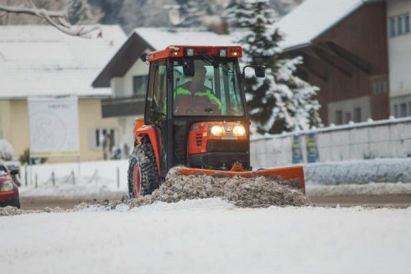 Für den Skibetrieb am Bödele waren zehn Zentimeter Naturschnee jedoch noch immer zu wenig.