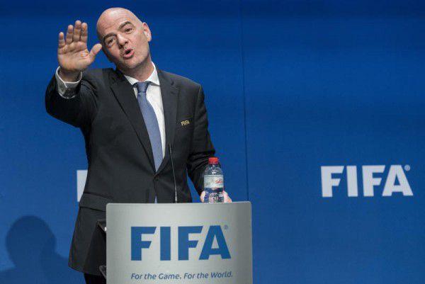 Gianni Infantino hat sich gegen die vielen Kritiker durchgesetzt und das neue WM-Format beschließen lassen.AP