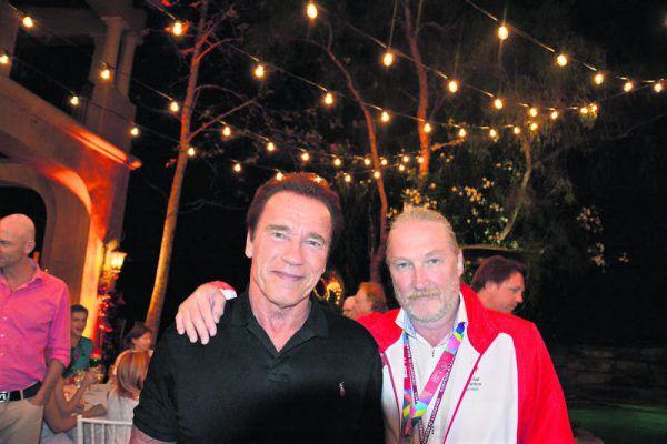Heinrich Olsen bei einem Fest für die Special-Olympioniken der Weltsommerspiele 2015 mit Gastgeber Arnold Schwarzenegger. Der Filmstar wird auch die Spiele in der Steiermark besuchen.