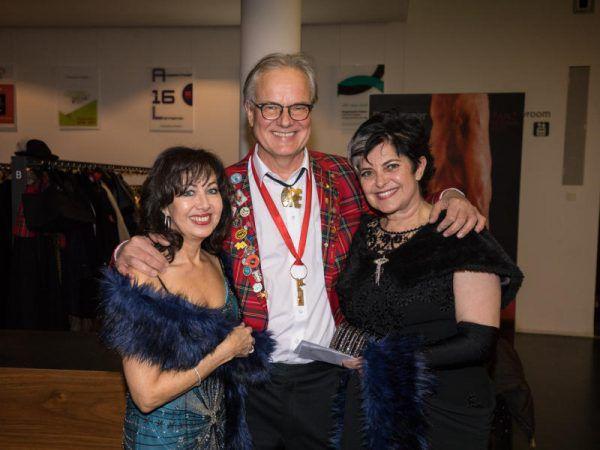 Prinzessin Anita Kaufmann, Altprinz Peter Scharax und Prinzessin Susanne Scharax. (v.l.). Frederik Sams (5)