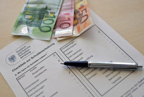 Simone Strehle-Hechenberger leitet die ifs-Schuldenberatung in Bregenz.Mathis, apa
