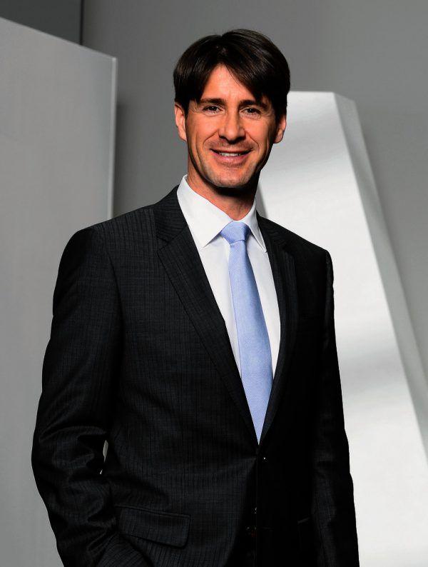 Vorstandschef Axel Dreher berichtete über Mitarbeiterrückgang.