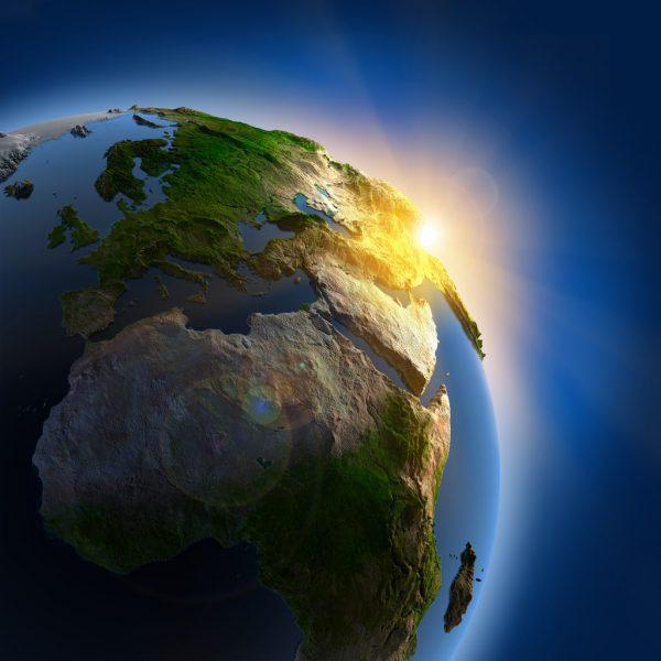 Zu Sommerbeginn erleben wir den längsten Tag des Jahres.Shutterstock