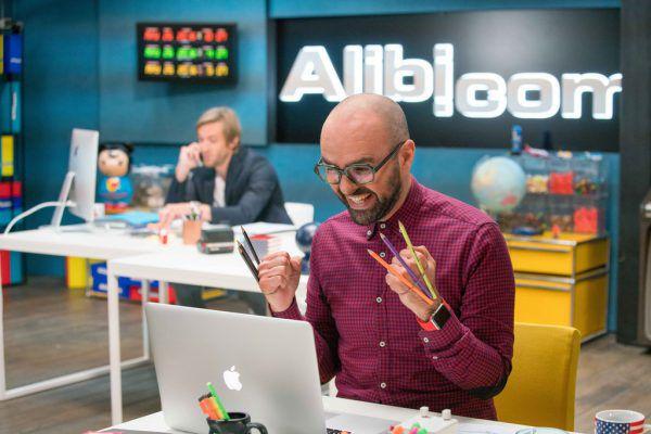 """""""Alibi.com"""".Studiocanal"""