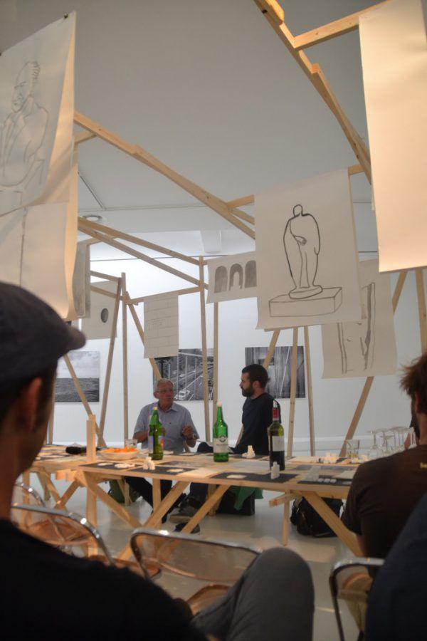 """Die Diskussion im """"Zwischendeck"""" im Kunstraum Engländerbau. Andrin Oehry(2)"""