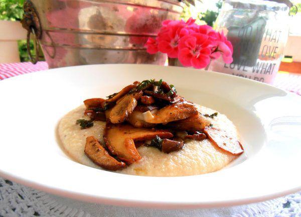 Für das Pilzgericht kann statt Riebelgrieß auch Weizengrieß oder Polenta verwendet werden.Ulrike Hagen