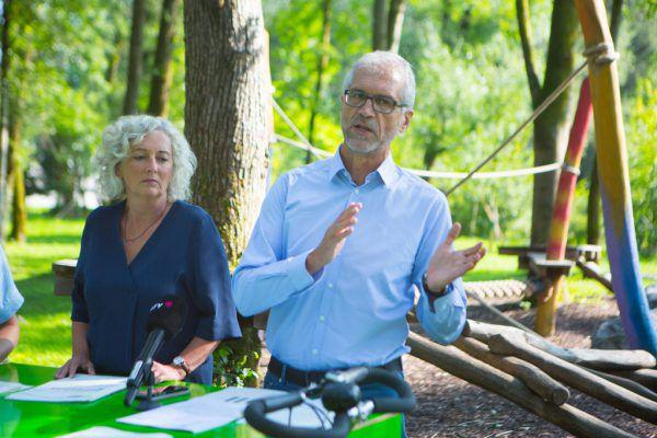 Katharina Wiesflecker und Harald Walser pochen auf eine Verlängerung der 15a-Vereinbarungen.Klaus Hartinger
