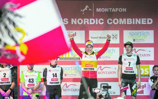 Mario Seidl feiert im Gelben Trikot des Gesamtführenden der Grand-Prix-Wertung seinen zweiten Platz im Montafon.