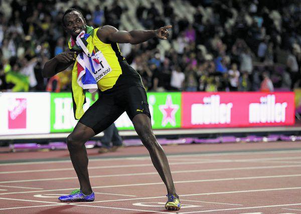 Obwohl er über 100 Meter nur Dritter wurde, feierte Bolt danach in gewohnter Pose. Heute endet seine großartige Karriere.AP