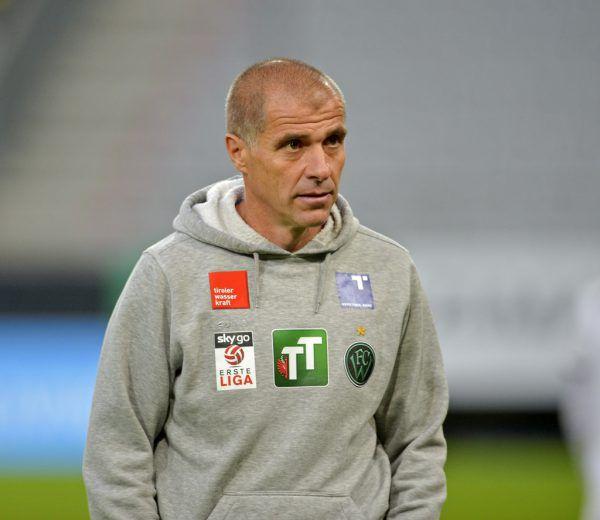 Schmidt als Wacker-Coach.Gepa
