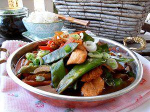 Asiatisches Hühnchen mit Gemüse