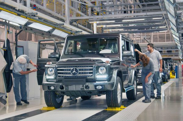 Autoteile von über 400 Lieferanten werden durch Gebrüder Weiss an fünf Magna-Steyr-Standorte geliefert.magna Steyr