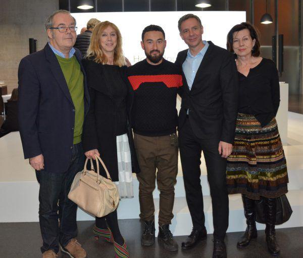 Kurator Rudolf Sagmeister, Alison und Simon Fujiwara, KUB-Direktor Thomas D. Trumer, Grete Eberle (Präsidentin KUB-Freunde) (v.l.). Marion Hofer (5)