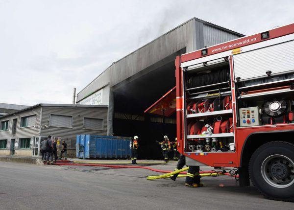 20 Minuten dauerte die Löschaktion der Feuerwehr. kapo St. Gallen
