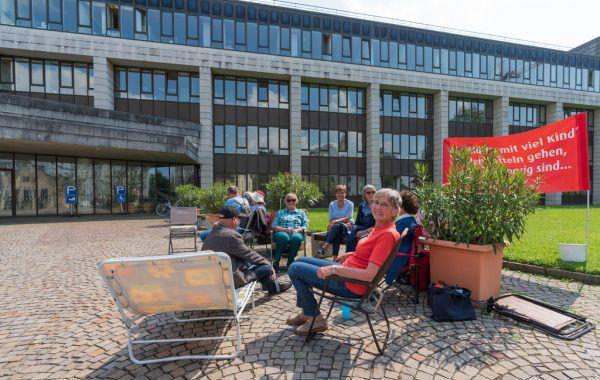 """24-stündiger Hungerstreik für """"Anerkennungsbeitrag"""" für vor 1955 geborene Mütter.Stiplovsek"""