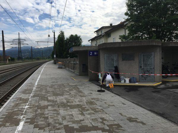 Bei der Bahnhaltestelle Haselstauden wurde der Verdächtige verhaftet.