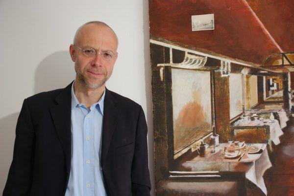 Christian Geismayr neben einer seiner Arbeiten. Wolfgang Ölz