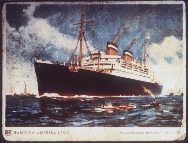 Die Postkarte zeigt die S.S. St. Louis. Auch heute versuchen viele, über den Seeweg zu flüchten. AP