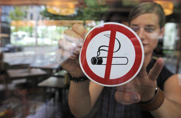 Gastwirte können das Rauchen in ihrer Lokalität erlauben. Armin Weigel