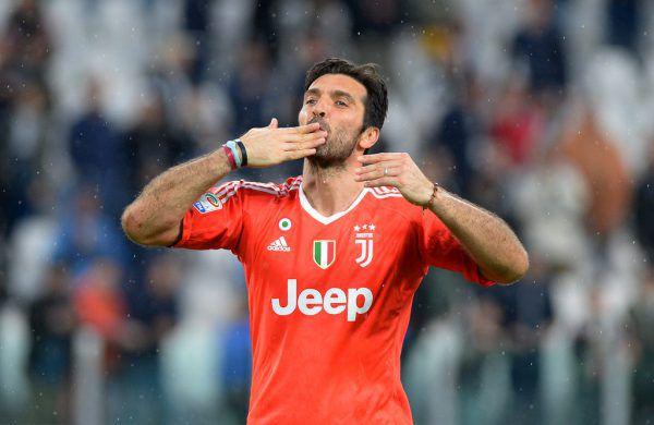 Gianluigi Buffon verlässt den Klub seines Herzens und sucht nochmals eine neue Herausforderung. Reuters