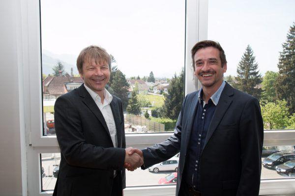 Helmut Burtscher (VKW) und Herwig Burtscher (Zumtobel) stellten das neue Geschäftsmodell vor.Burkhard Mangold (1), Zumtobel Group (1)