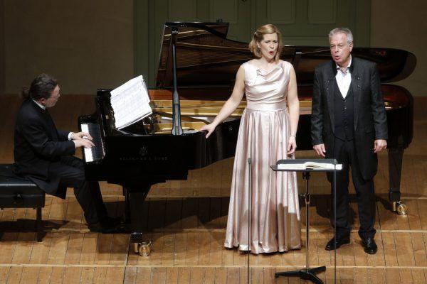 Julia Kleiter und Christoph Prégardien sangen Lieder von Schubert, Schumann und Mendelssohn. Schubertiade