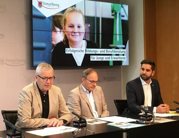 Karlheinz Rüdisser, Klaus Mathis und Andreas Pichler (v.l.) informierten über das Bifo. VLK