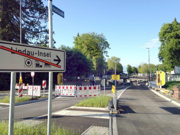 Noch ist die neue Inselstraße in Lindau gesperrt, aber am Freitag werden Stadt und Bahn AG die Unterführung für den Verkehr freigeben.Dirk Augustin