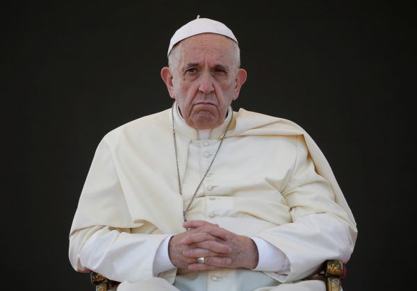 Papst Franziskus ist besorgt wegen des Priestermangels in Europa.Reuters