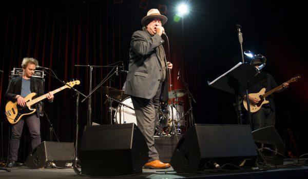 Stiller Has in Lustenau mit Bandleader Endo Anaconda (oben).Daniel Ongaretto-Furxer(2)