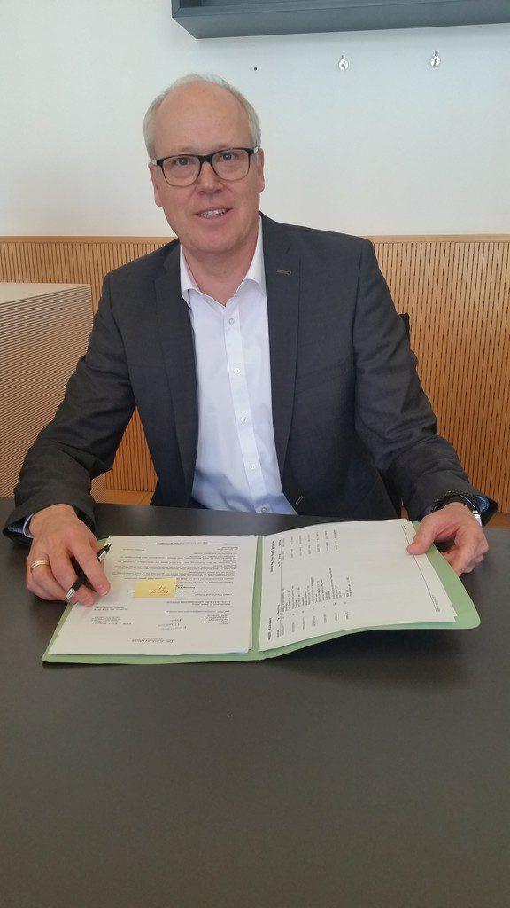 Verteidiger Bernhard Ess sprach vom Mitverschulden des Opfers.Dünser
