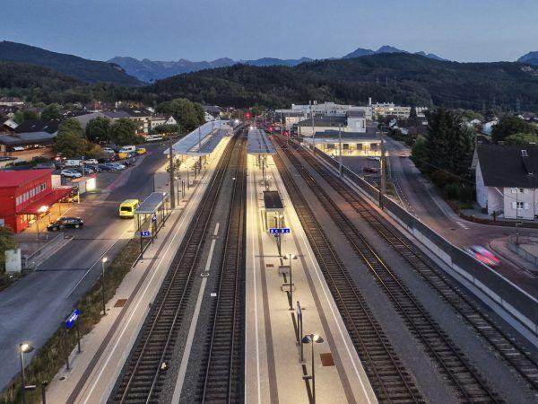 Der Vorplatz des Rankweiler Bahnhofs wird ausgebaut. ÖBB