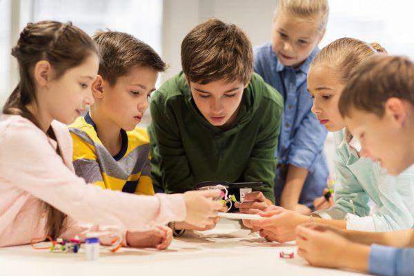 Schulkindbetreuung ist auch ein wichtiger Standortfaktor, sagte Rechnungshof-Direktorin Eggler-Bargehr.Shutterstock