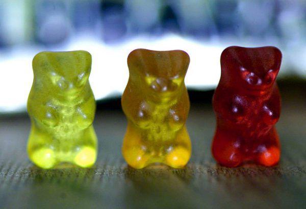 Der Vorrat an Gummibären und Co wurde knapp in den Supermärkten.AP Photo/RUBRA