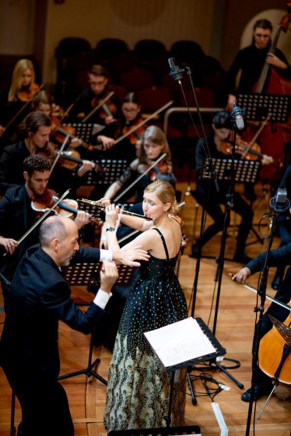 Die französische Flötistin Nolwenn Bargin konnte sich beim Weihnachtskonzert des Landeskonservatoriums präsentieren.Victor Marin (2)