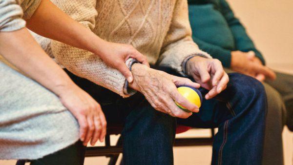 Es gibt immer mehr ältere Menschen im Land.Symbol/Neue Archiv