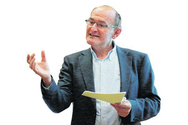 Peter Bußjäger: Verfassungs- und Verwaltungsrechtsexperte.NEUE