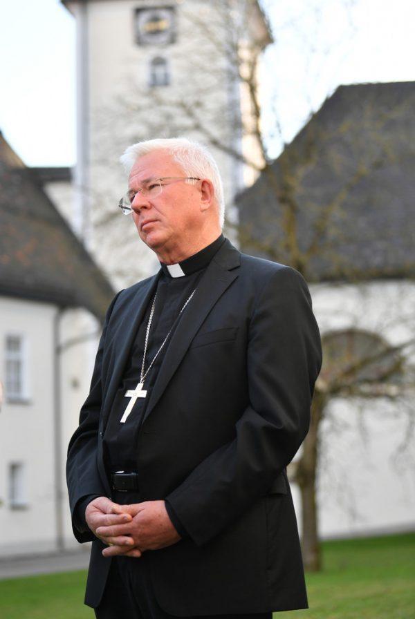 Salzburgs Erzbischof Franz Lackner ist vom Papst zum Apostolischen Visitator ernannt worden. apa