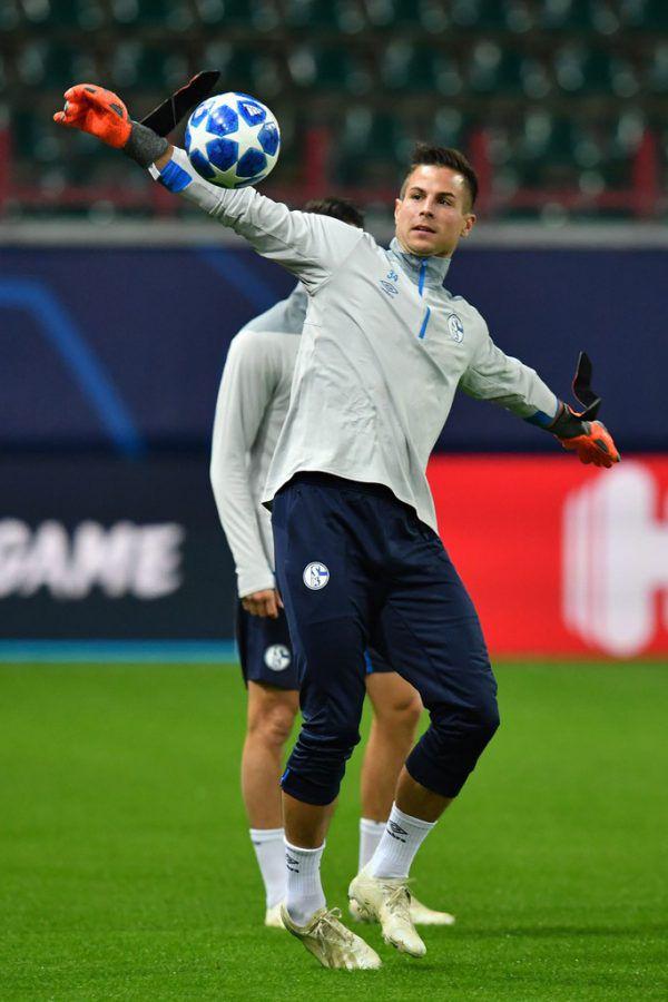 Vier Mal saß Michael Langer in dieser Saison auf der Schalke-Bank.APA