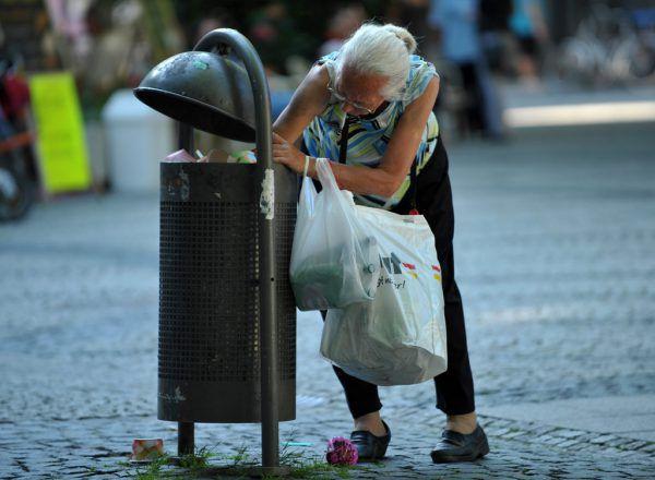 Besonders Frauen sind von sozialer Ungleichheit betroffen. dpa