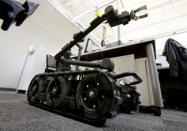 Die Roboter kämpfen (noch) nicht, unterstützen aber Soldaten. AP