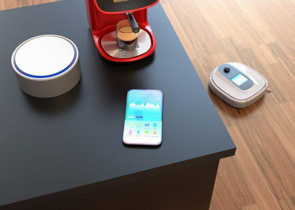 Die Vernetzung in den Haushalten nimmt zu. Immer mehr Geräte sind online.Shutterstock