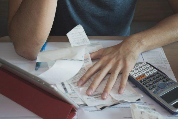 Im vergangenen Jahr hat das ifs besonders viele Schuldenberatungen durchgeführt.Shutterstock (1), ifs (1)
