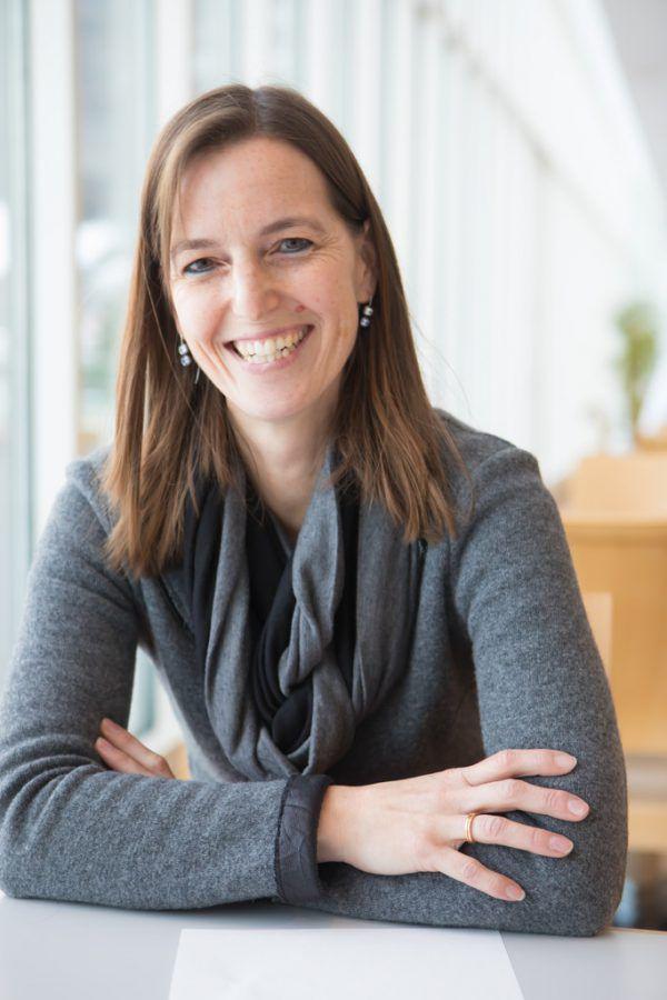 Martha Stüttler-Hartmann, EuropeDirect Vorarlberg.Klaus Hartinger, Shutterstock
