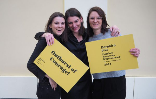 Das Projektteam mit Bettina Steindl (Mitte). Kultur Perspektiven 2024