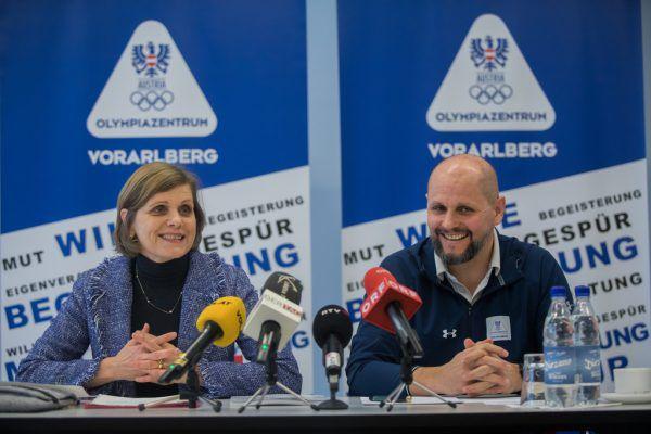 Zufrieden wirkten Barbara Schöbi-Fink (l.) und Sebastian Manhart.Philipp Steurer